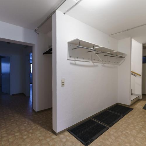 Garderobe im Keller